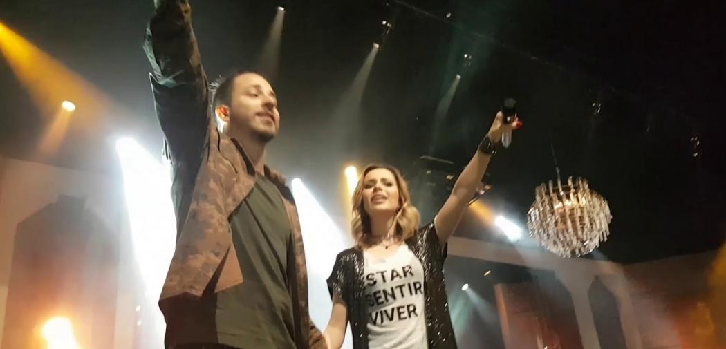 31/08/2018 - Sandy e Junior dividem palco e relembram o passado durante show em SP. Crédito: Reprodução/Youtube