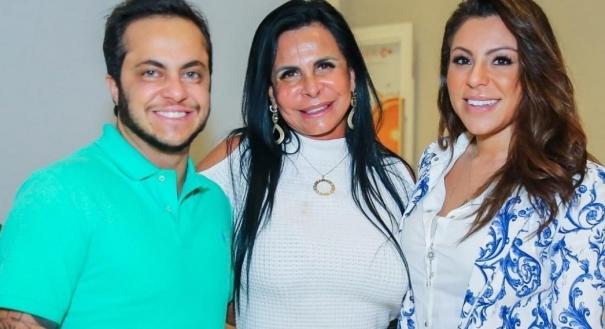 03/09/2018 - Thammy Miranda, Gretchen e Andressa Ferreira