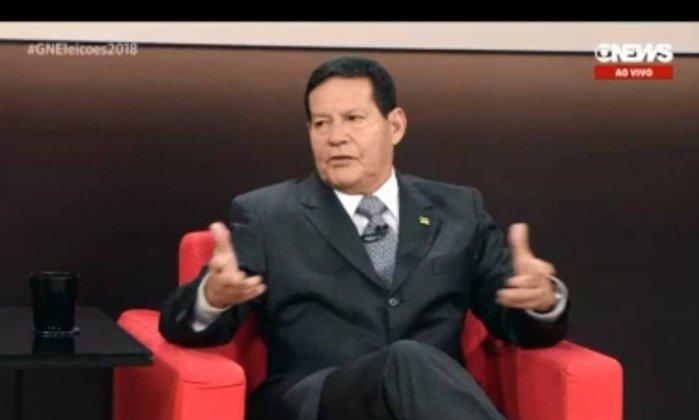 Candidato a vice de Bolsonaro, general Mourão é entrevistado na Globonews  . Crédito: Reprodução/Globonews