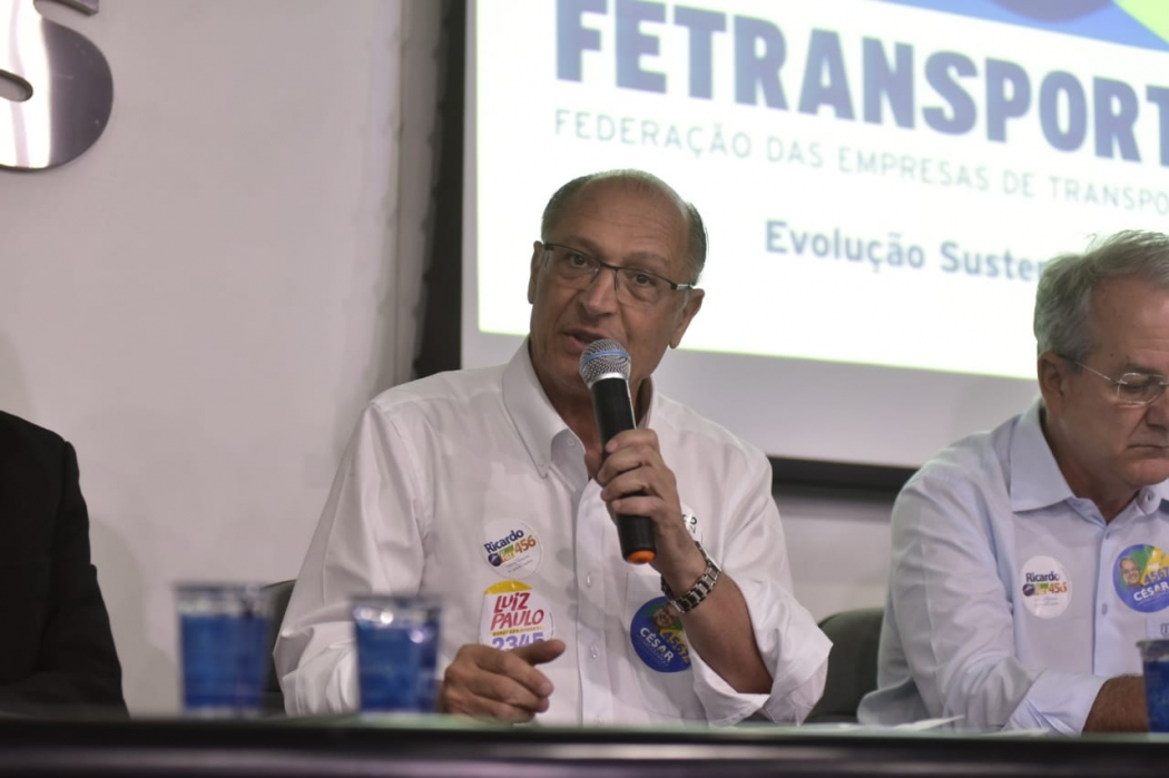 Candidato Geraldo Alckmin (PSDB) em visita ao Espírito Santo. Crédito: Marcelo Prest