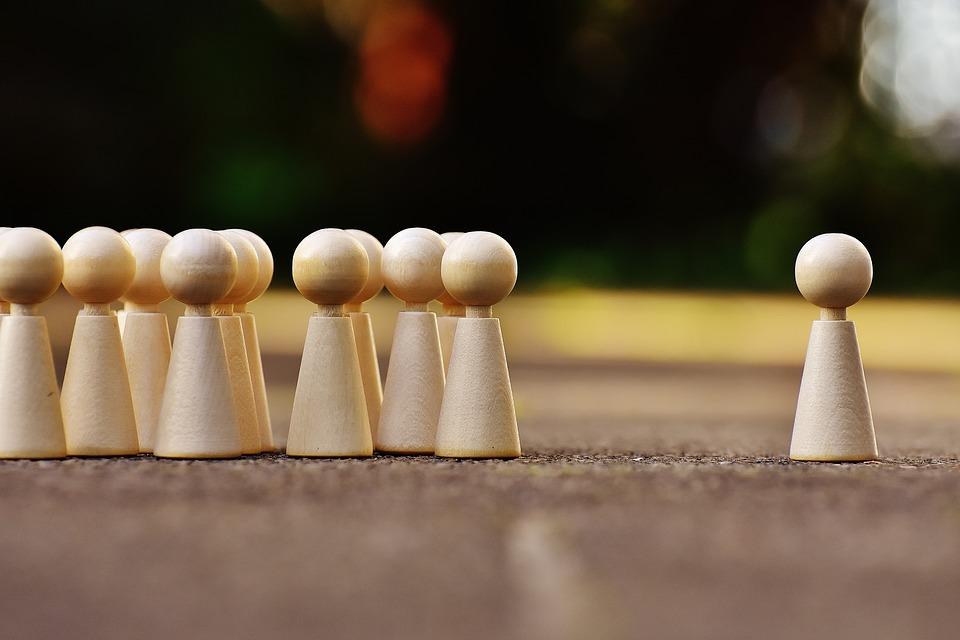 O estudo do comportamento de consumidores e a performance de gestores e subordinados, por exemplo, ganharam impulso