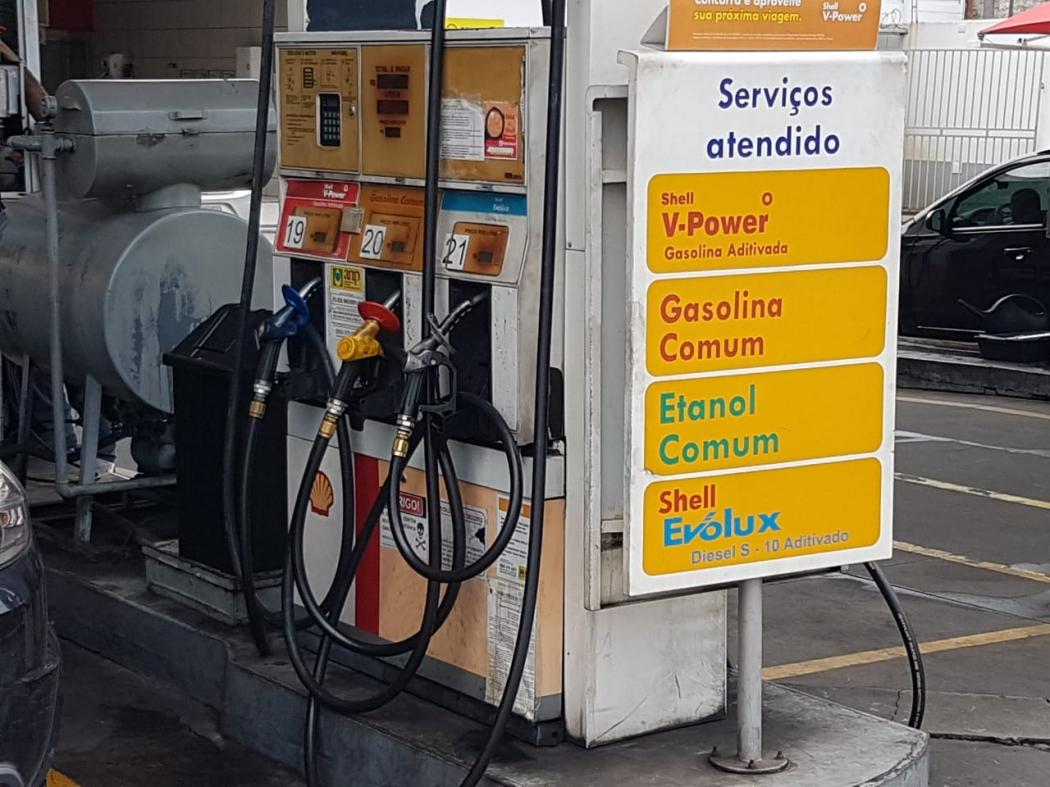 Bomba de gasolina em posto da Grande Vitória. Crédito: Eduardo Dias