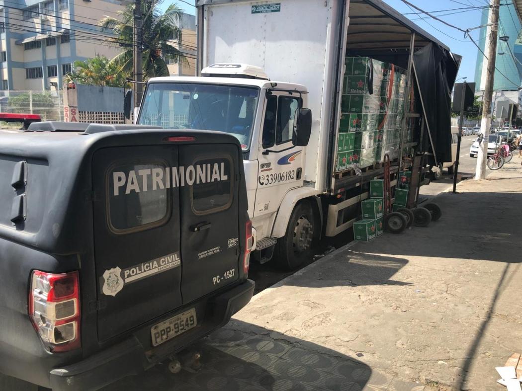 Polícia Civil apreende carga irregular de cerveja em Vila Velha. Crédito: Divulgação   Polícia Civil