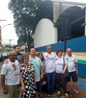 André Moreira (PSOL), candidato ao governo no ES votou em Jardim Camburi, Vitória, na manhã deste domingo (7)