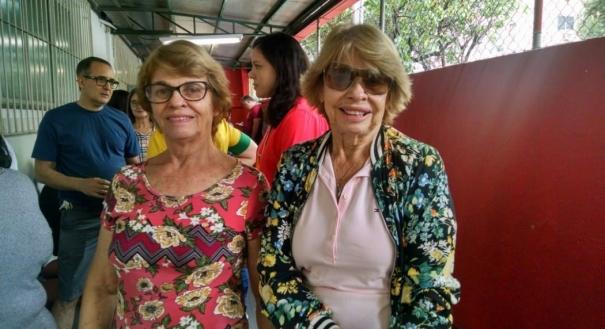 Rosalba Real e Áurea Real são irmãs, têm mais de 70 anos e não abrem mão do seu voto.