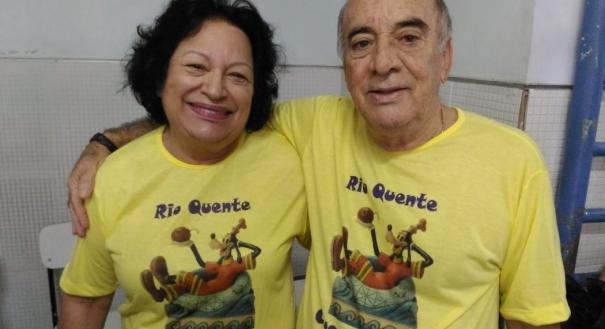 Os aposentados Sônia de Freitas Araújo, 69 e Manoel Vieira Araújo, 70, fizeram questão de votar na EMEF José Áureo Monjardim, em Fradinhos. Manoel, inclusive, operou recentemente a vesícula e mesmo assim fez o esforço, apesar de não ter mais a obrigação de votar, pela idade.