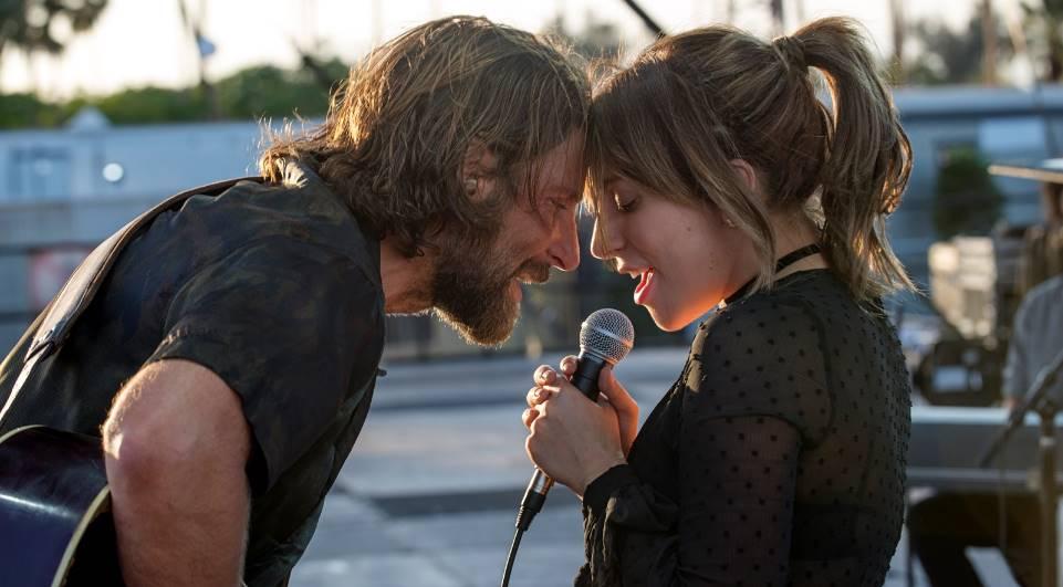 """Bradley Cooper e Lady Gaga em """"Nasce Uma Estrela"""". Crédito: Warner Bros/Divulgação"""