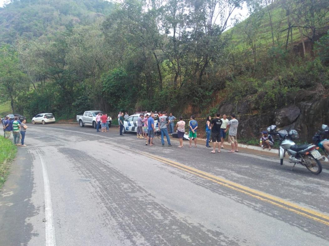 Homem morre após bater moto  contra muro de pedra em Iconha. Crédito: Internauta   Gazeta Online