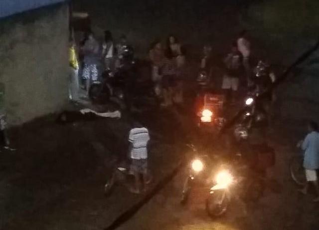 Assalto a motorista de aplicativo termina com assaltante baleado, na Serra. Crédito: VC no ESTV