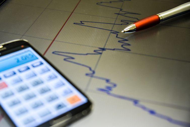 Consumidores esperam inflação de 5,3% em 12 meses a partir de julho. Crédito: Marcello Casal Jr/Agência Brasil