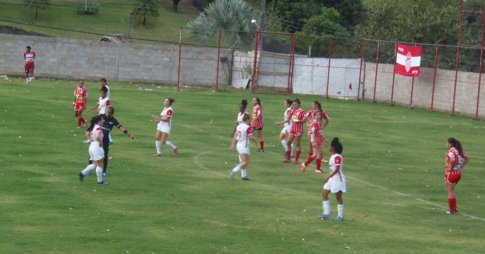 O primeiro jogo oficial realizado no estádio Humberto Scaramussa . Crédito: Divulgação