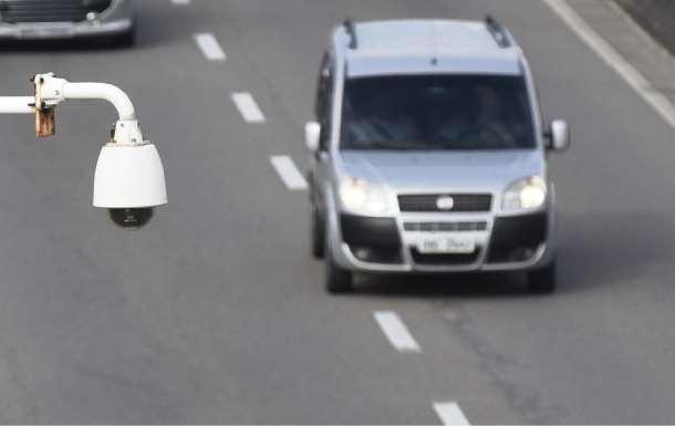 Câmera  registra passagem de veículo em Vila Velha: tecnologia contra infrações. Crédito: Vitor Jubini