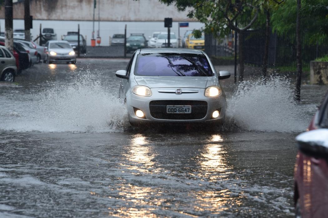 Chuva na Grande Vitória. Crédito: Ricardo Medeiros