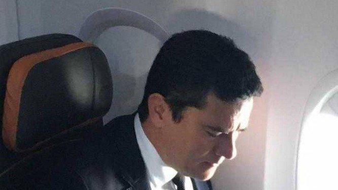 Juiz Sergio Moro chega ao Rio para se encontrar com presidente eleito. Crédito: Reprodução