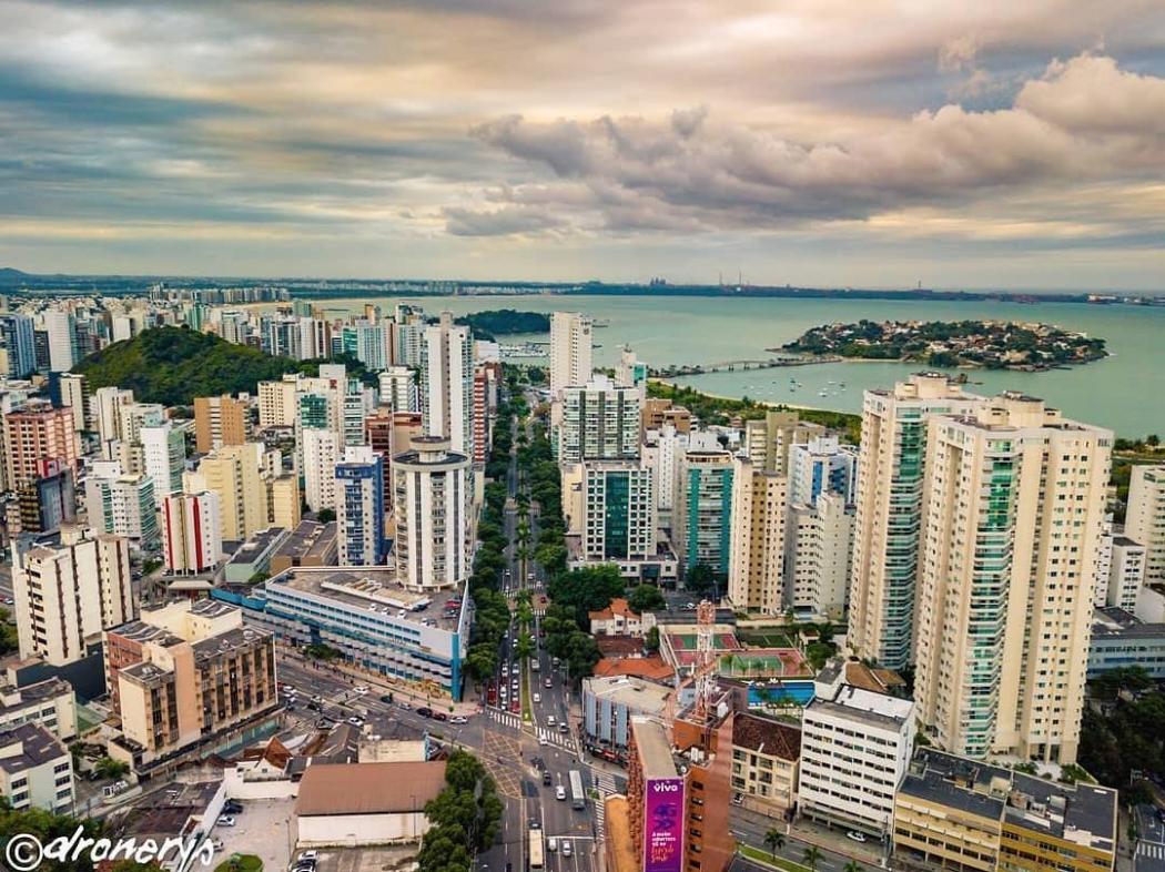 Vitória está entre as melhores cidades para se investir. Crédito: Reprodução/ Instagram: @dronerys
