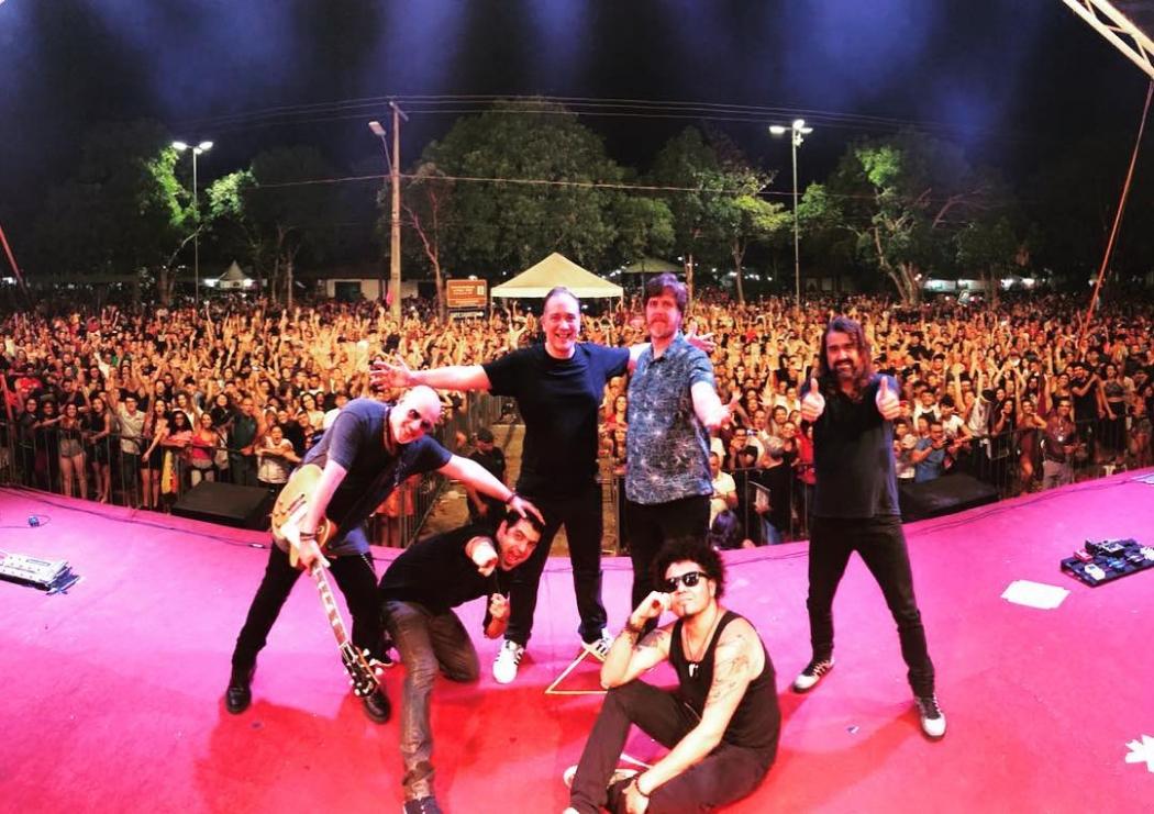 A banda Biquíni Cavadão. Crédito: Reprodução/Instagram @biquini