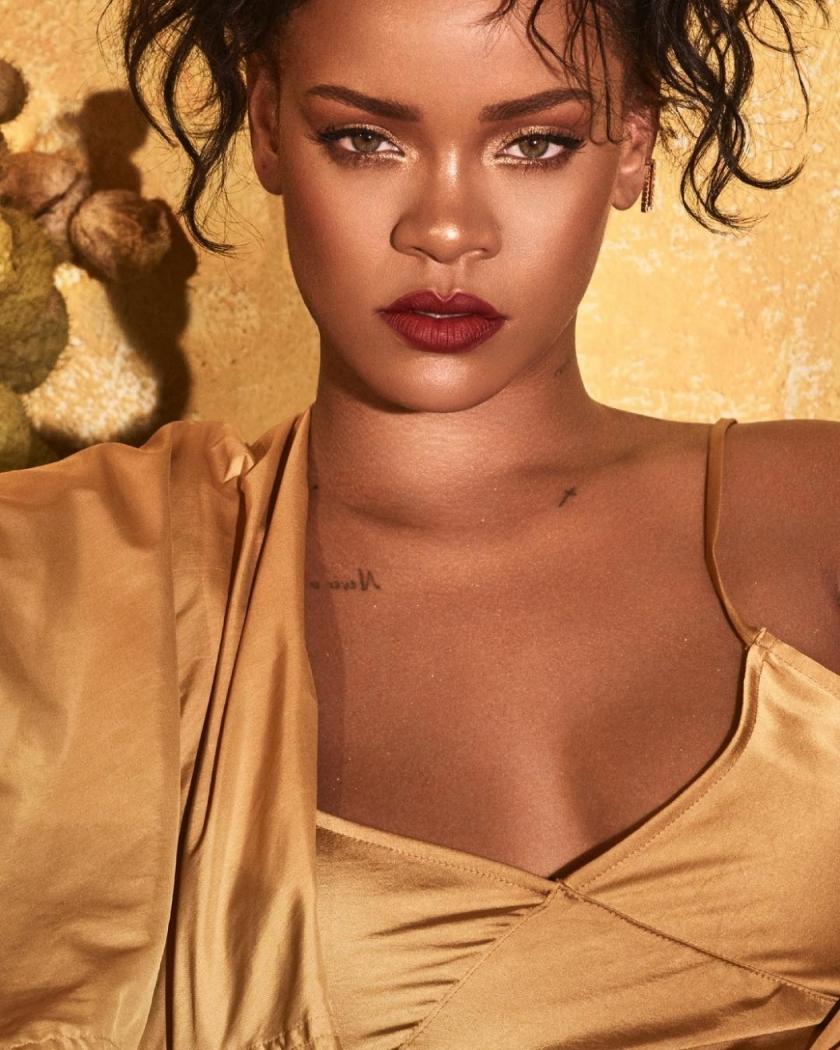 281a76ad139b3 Rihanna proíbe Trump de usar músicas dela em comícios - Famosos ...