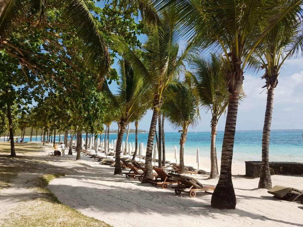 A praia é um dos atrativos do The Residence Mauritius. Crédito: Priscilla Azzolini