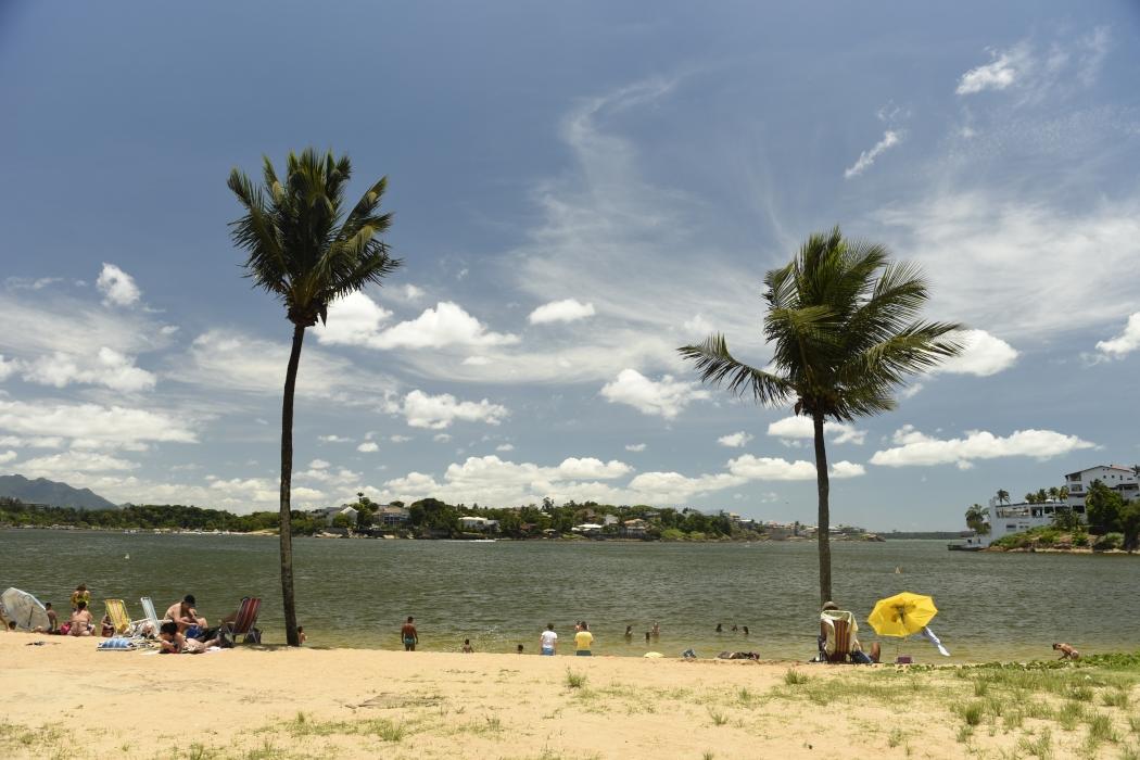 Sol na Curva da Jurema e na Ilha do Boi, em Vitória. Crédito: Vitor Jubini