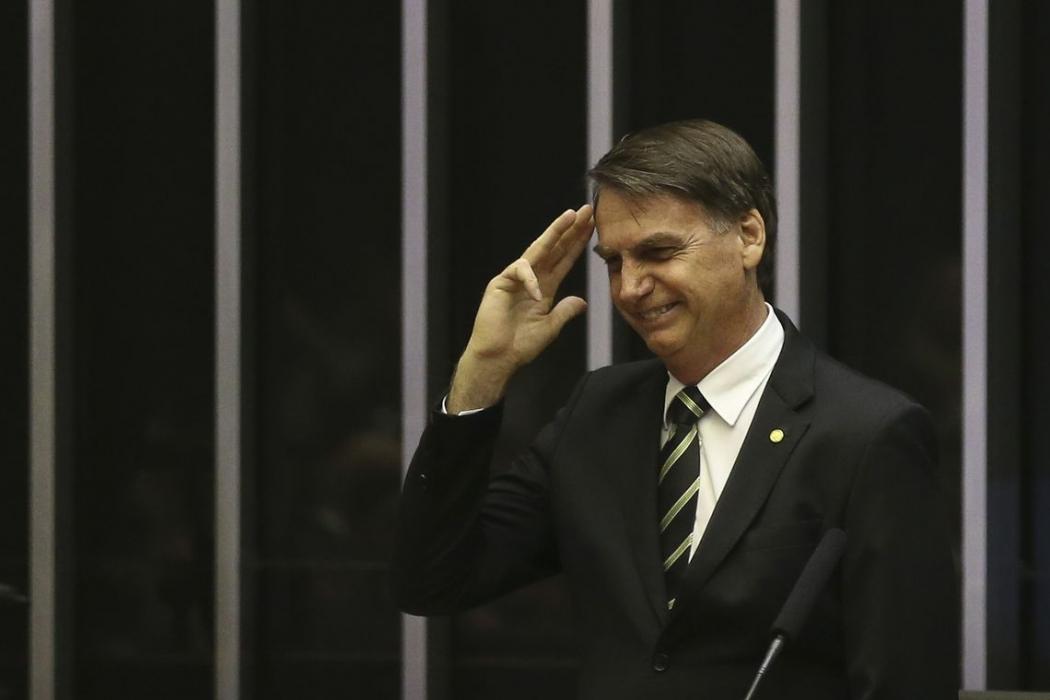 O presidente eleito Jair Bolsonaro, participa no Congresso Nacional da sessão solene em comemoração aos 30 anos da Constituição Federal. Crédito: Antônio Cruz | Agência Brasil