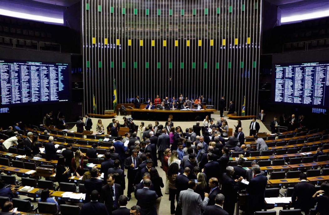Câmara aprova lei que beneficia prefeitos com altos gastos com pessoal. Crédito: Luís Macedo/Câmara dos Deputados
