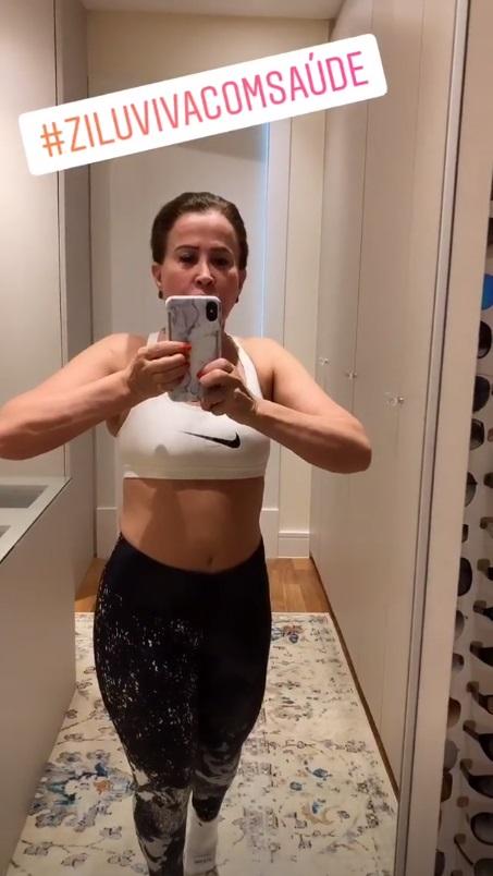 Zilu Camargo, ex-mulher de Zezé Di Camargo, ostenta cinturinha fina em vídeo no seu perfil do Instagram