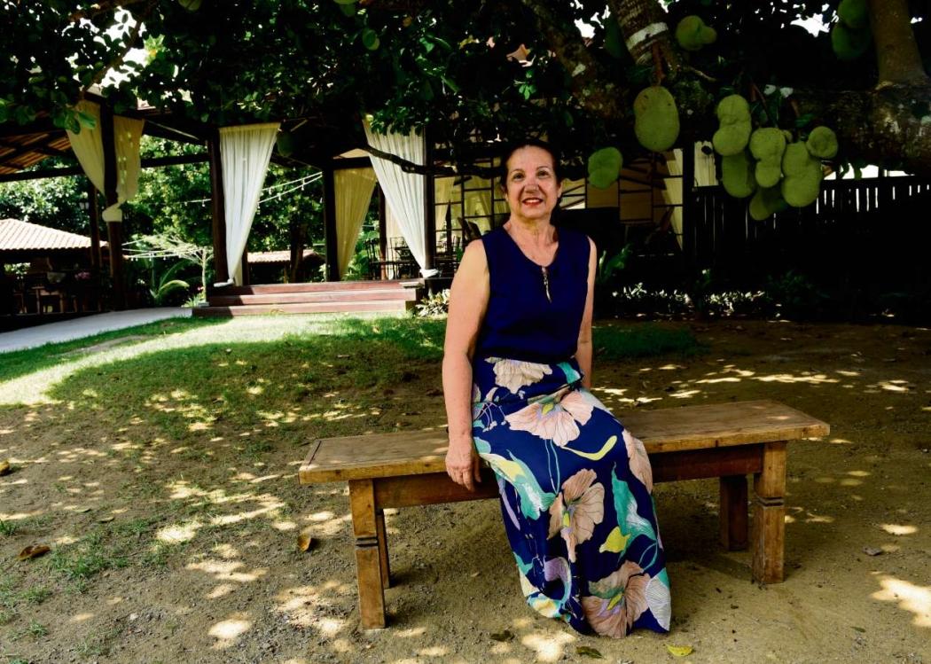 Depois de se aposentar, Maria Lúcia Frisso abriu um cerimonial e bufê em um sítio em Vila Velha. Crédito:    Ricardo Medeiros
