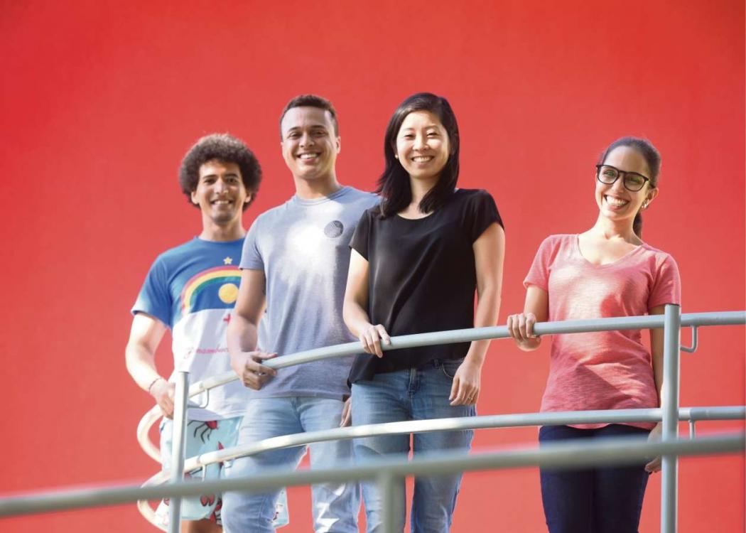 (da esq. para a dir.) José Tejeda, Edvan Soares, Patricia Motoki, e Lara Christ Bonella são alunos da Fucape. A  faculdade foi classificada como uma das melhores do país. Crédito: Carlos Alberto Silva