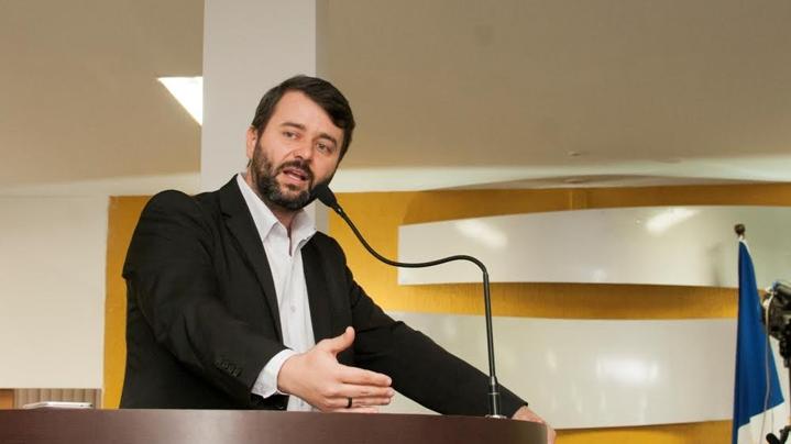 Nésio Fernandes de Medeiros Junior assumirá a Secretaria de Estado da Saúde no governo Casagrande. Crédito: Divulgação