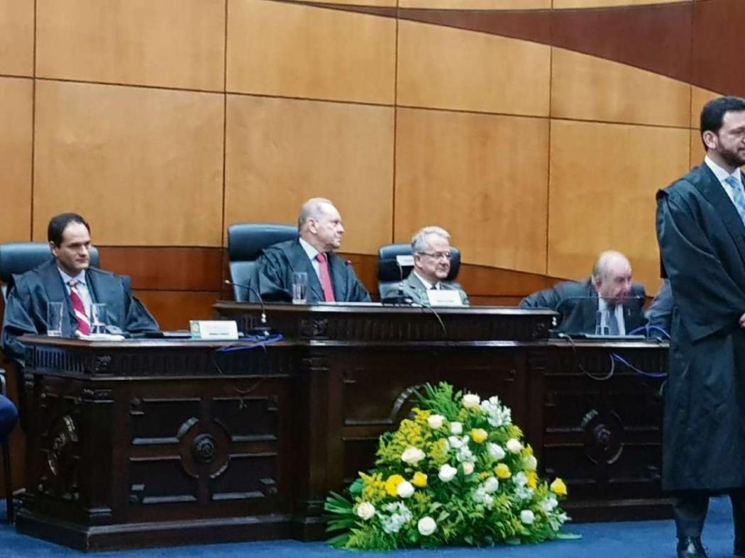 O vice-governador César Colnago representou o governo do Estado na diplomação dos eleitos no TRE. Crédito: Natalia Devens