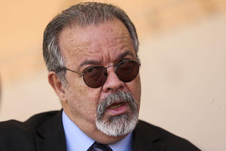 O ministro da Segurança Pública, Raul Jungmann, disse ter certeza de que Cesare Battisti será localizado. Crédito: Marcelo Camargo/Agência Brasil
