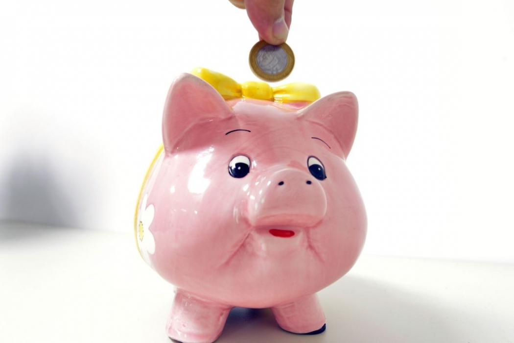 Mais brasileiros passam a poupar dinheiro. Crédito: Arquivo/Agência Brasil