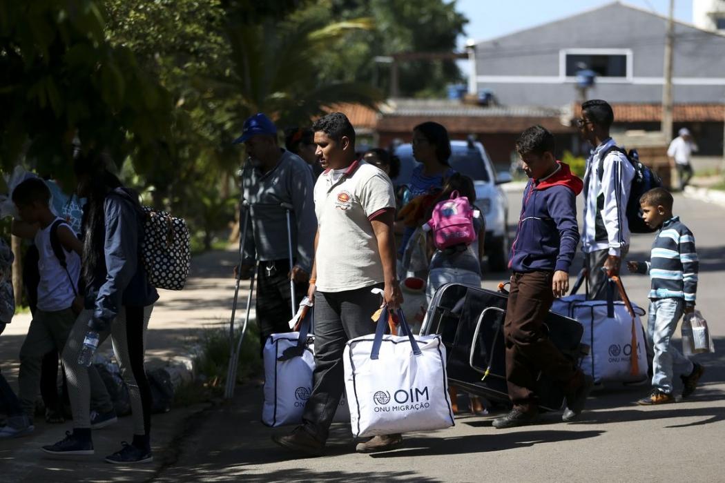 Grupo de 46 migrantes venezuelanos chega a Brasília. Crédito: Marcelo Camargo/Agência Brasil