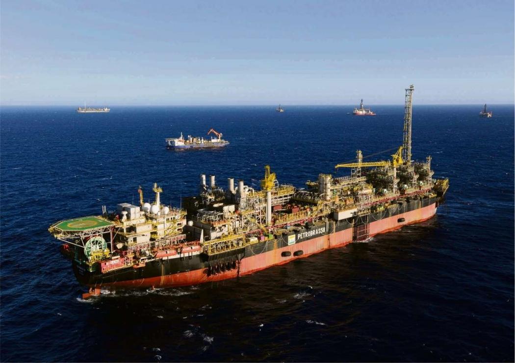 O Parque das Baleias, uma das maiores áreas de exploração de petróleo do país, fica no litoral Sul do Estado. Crédito: Gazeta Online