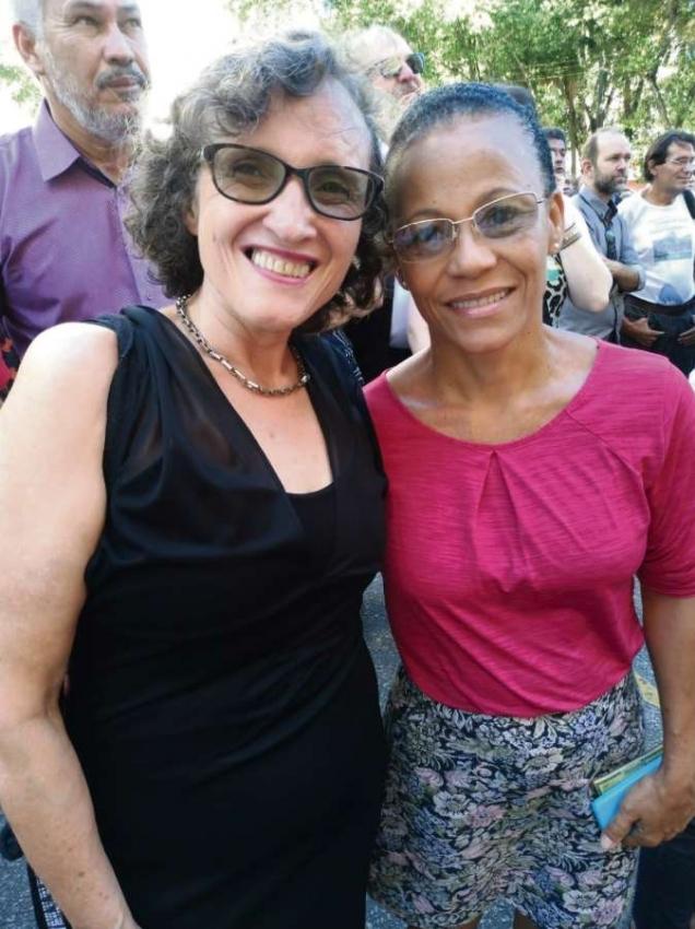 Leonora Mol e Sileia dos Santos fazem parte do movimento de Economia Solidária do Estado. Crédito: Maíra Mendonça