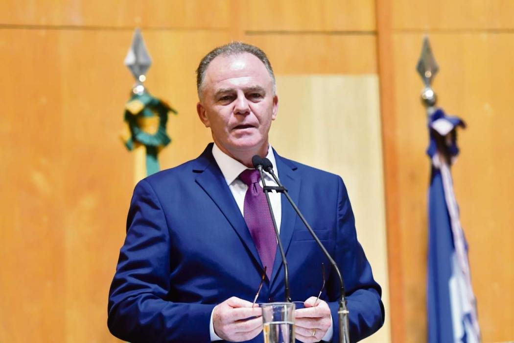 Renato Casagrande vai tomar a decisão com base na avaliação do seu secretário da Fazenda. Crédito: Carlos Alberto Silva