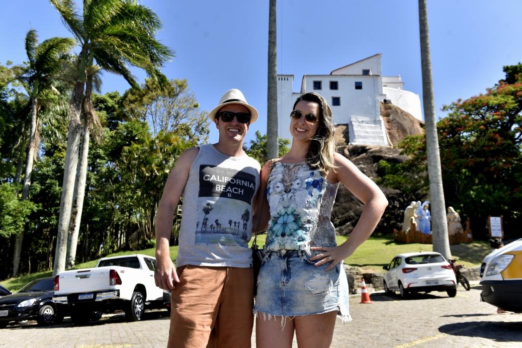 Nathalia e Leandro vão para Guarapari, mas incluíram Vitória e Vila Velha no roteiro. Crédito: Fernando Madeira