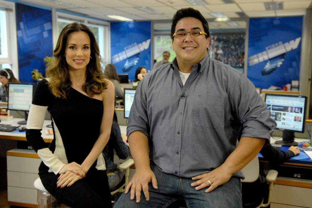 Apresentadores do Vídeo Show: Ana Furtado e André Marques. Crédito: Divulgação/TV Globo