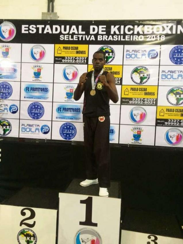 Fabão é faixa-preta e campeão estadual de taekwondo  . Crédito: Arquivo Pessoal