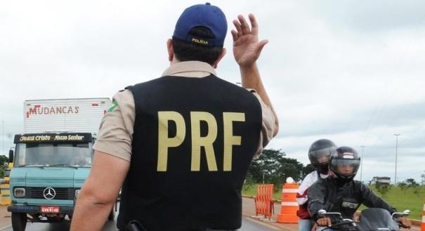 A Polícia Rodoviária Federal (PRF) vai contar com 500 novos policiais. Crédito: Arquivo Agência Brasil