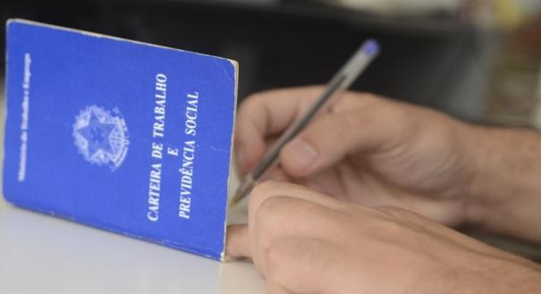 Oportunidades de emprego para quem quer trabalhar com carteira assinada