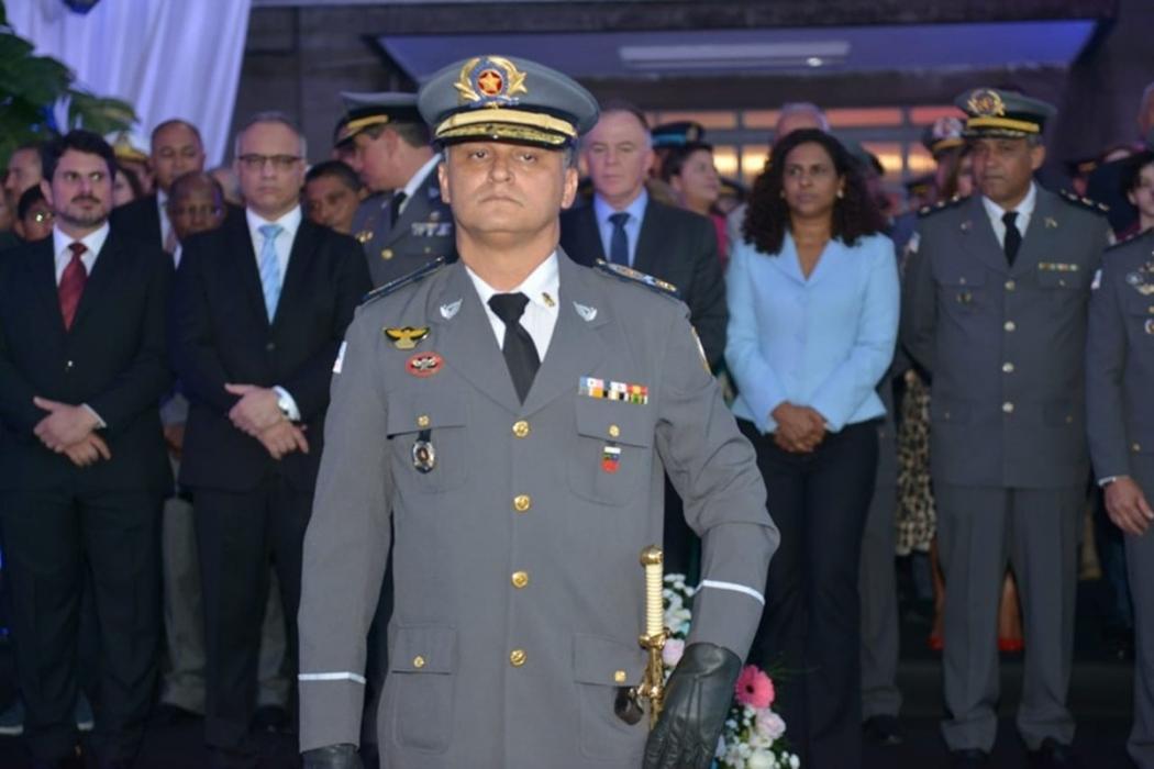 O coronel Barreto diz, no ofício, que a iniciativa dos parabéns faz parte da política de valorização institucional da PM. Crédito: G1