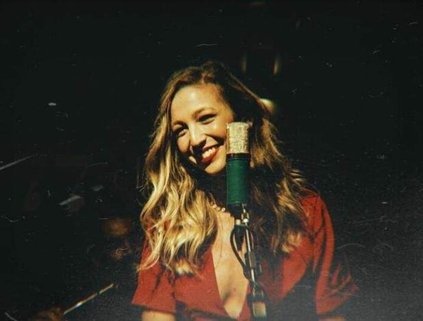 A cantora Luisa Meirelles. Crédito: Thais Carletti/Divulgação