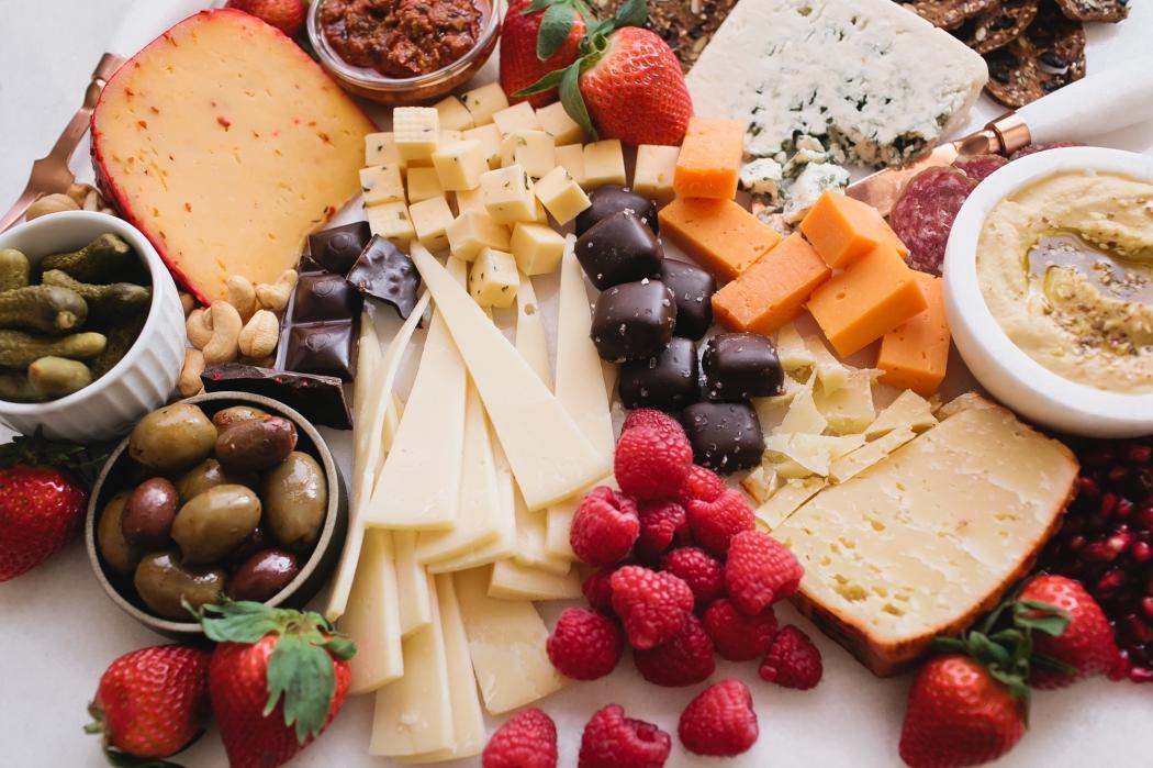 Os queijos mais macios e cremosos devem ser retirados da geladeira no momento do consumo. Crédito: Divulgação/ Barbosa ENTITY_amp_ENTITYMarques
