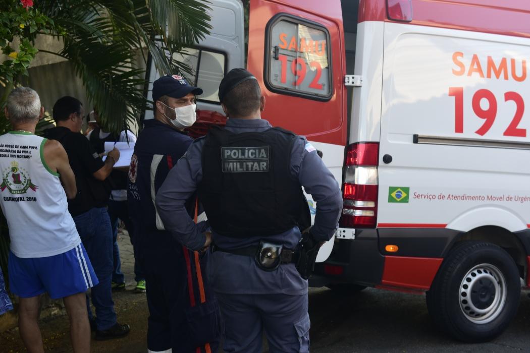 Homem foi baleado na perna em Vitória. Crédito: Ricardo Medeiros