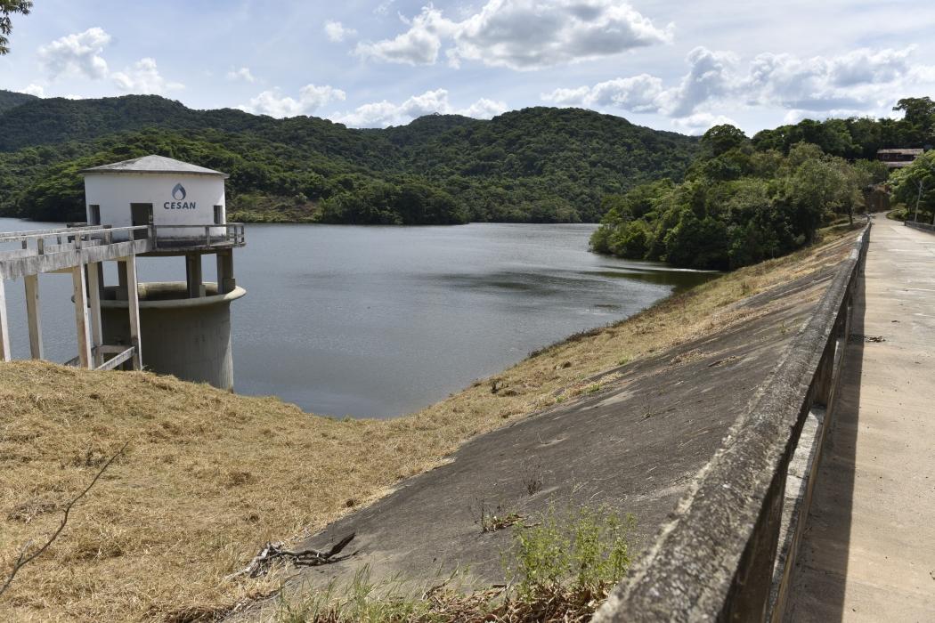 Barragem de Duas Bocas foi construída há quase 70 anos e tem capacidade de armazenar 20 milhões de litros. Crédito: Fernando Madeira