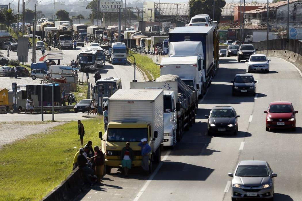 A linha de crédito do BNDES beneficia transportadores autônomos que têm dois caminhões, no máximo, e também cooperativas de caminhoneiros. Crédito: Tomaz Silva/Agência Brasil