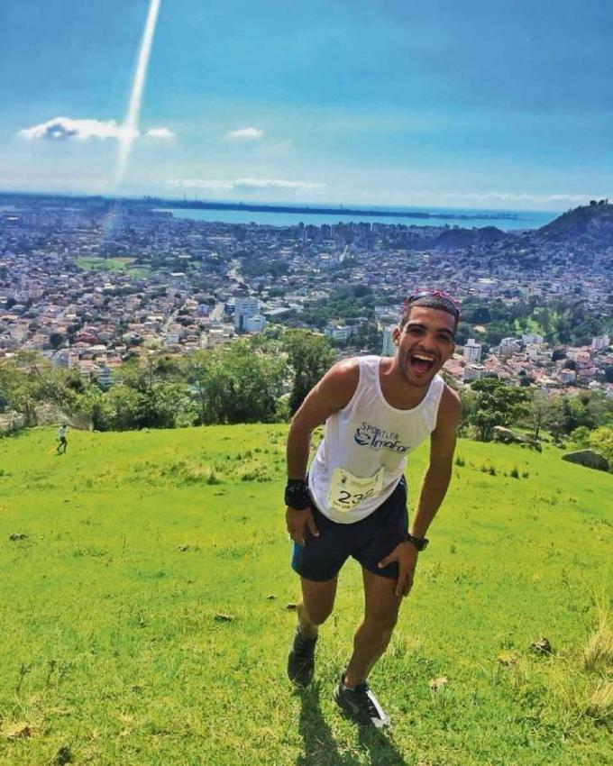 Matheus Rosa do Nascimento, atleta de skyrunning. Crédito: Erik Araújo/Divulgação