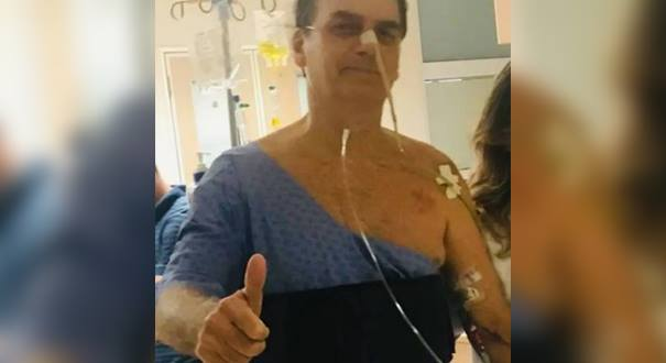 Presidente da República, Jair Bolsonaro, durante caminhada no Hospital Albert Einstein na tarde de quinta-feira (7). Crédito: Divulgação