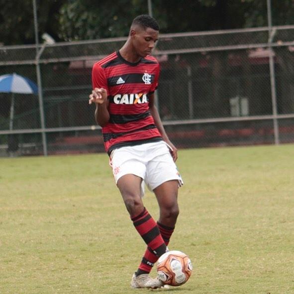 Jhonatan Ventura é capixaba e joga no Flamengo. Crédito: Reprodução/Instagram